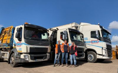 LETS HEAR IT FOR THE GIRLS! FEMALE HGV DRIVERS ON THE RISE
